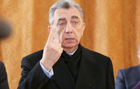 Mehman Hüseynov iddia edir